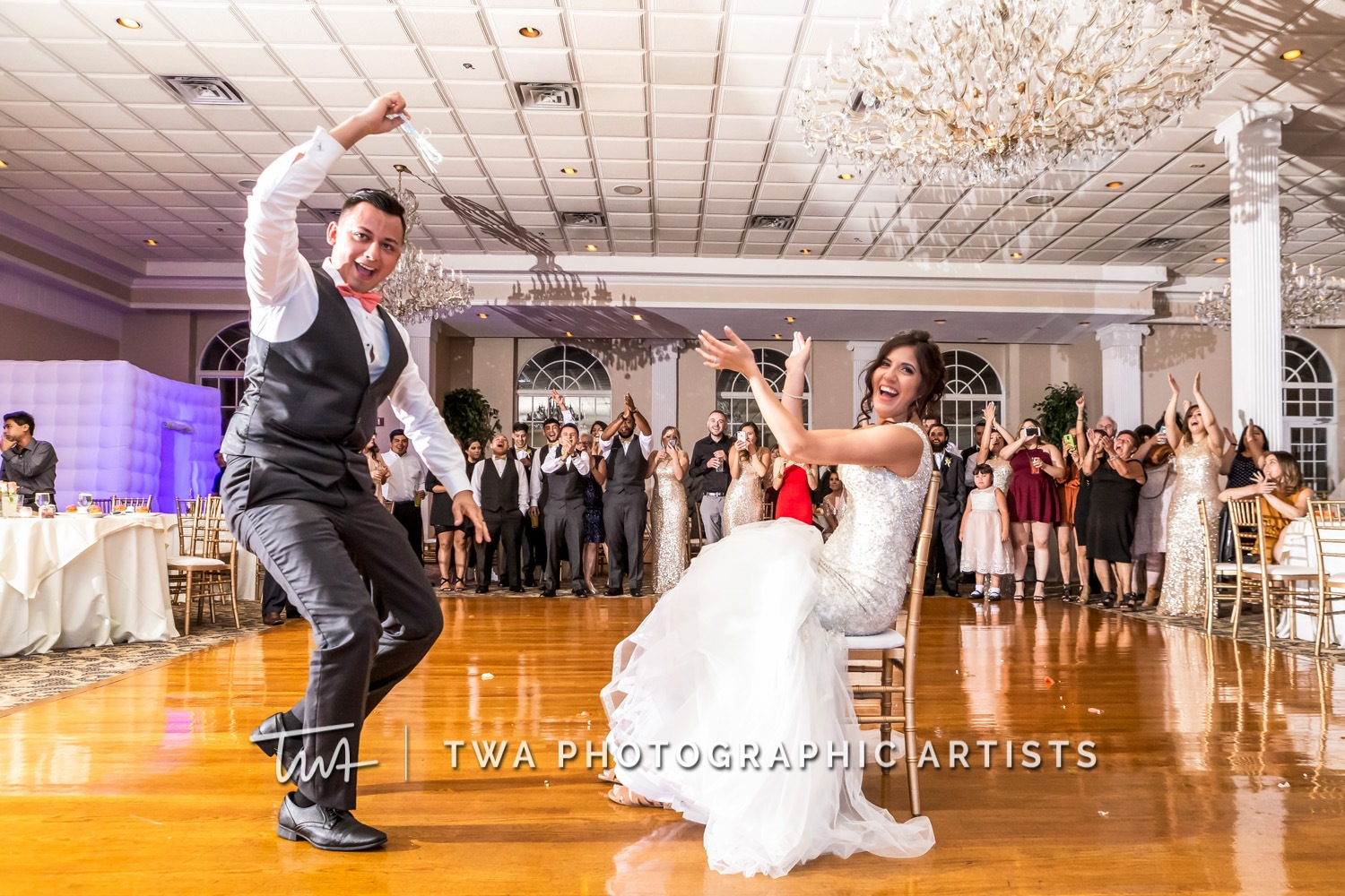 Chicago-Wedding-Photographer-TWA-Photographic-Artists-Abbington-Banquets_Carrillo_Carbajal_MiC-0893