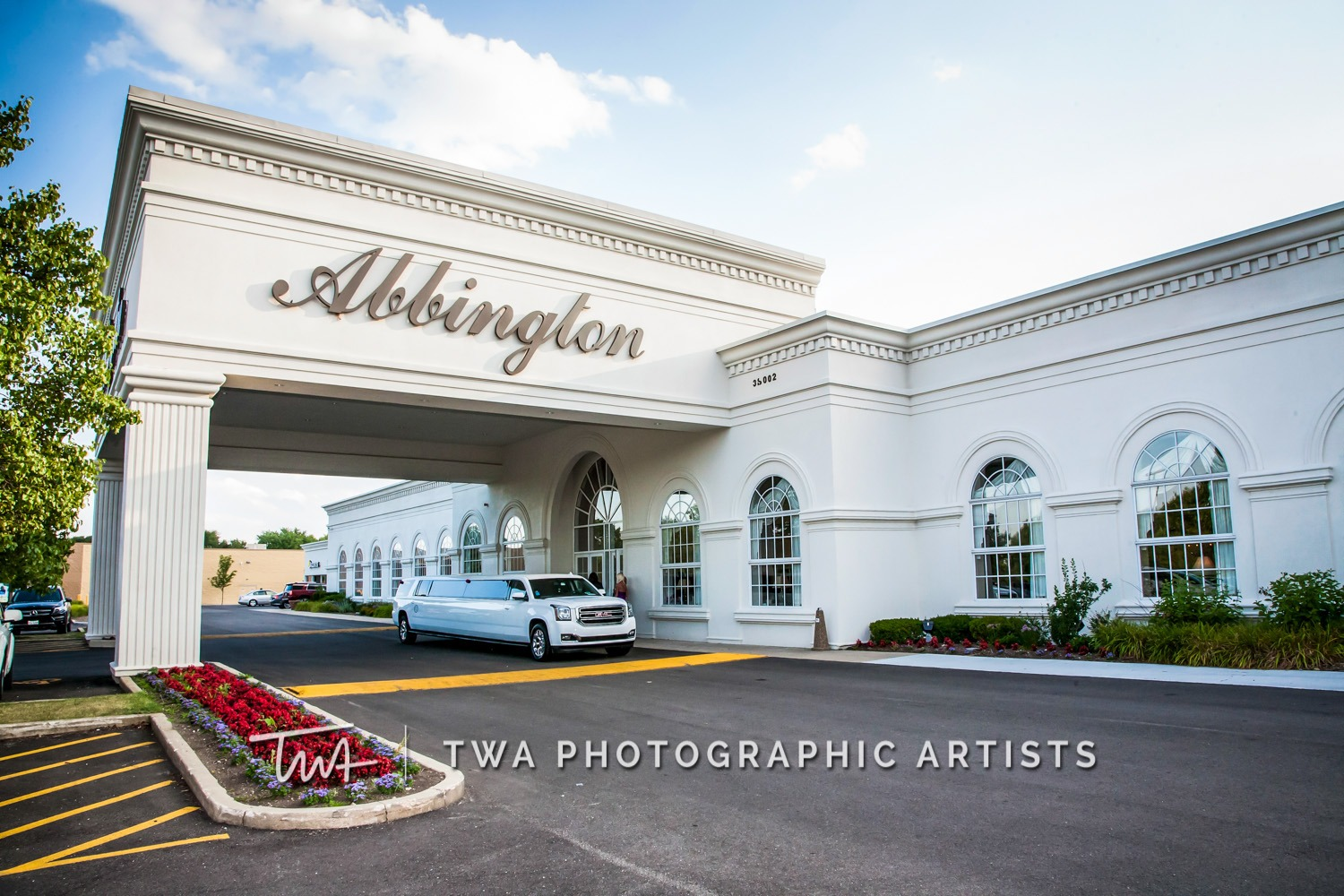 Chicago-Wedding-Photographer-TWA-Photographic-Artists-Abbington-Banquets_Joyner_Kirk_MiC_NS-1097
