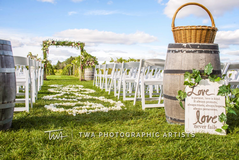 Chicago-Wedding-Photographer-TWA-Photographic-Artists-Acquaviva-Winery_Carrillo_Pope_DB_TL-1173