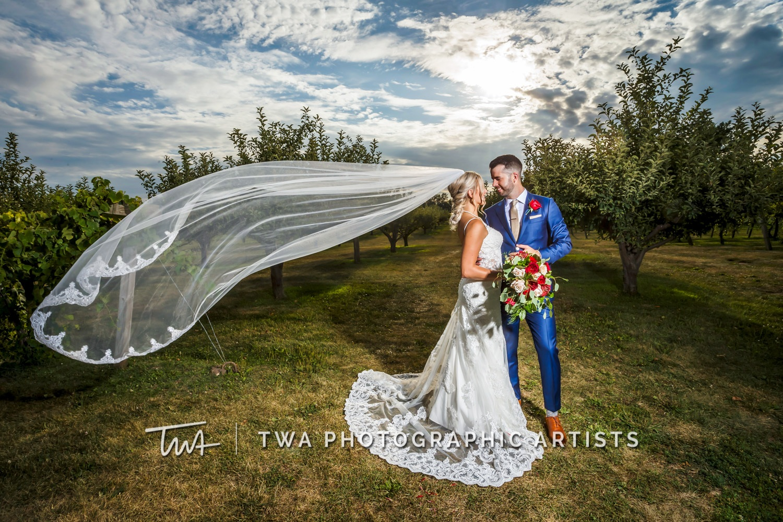 Chicago-Wedding-Photographer-TWA-Photographic-Artists-Acquaviva-Winery_Gent_Tracey_MC_SG-0674