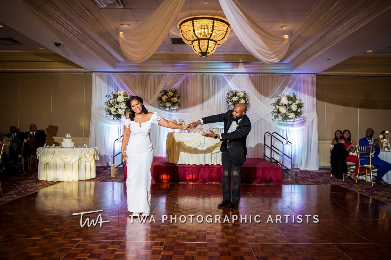Chicago-Wedding-Photographer-TWA-Photographic-Artists-Bolingbrook-GC_Craft_O_Neill_JP_DK-1238