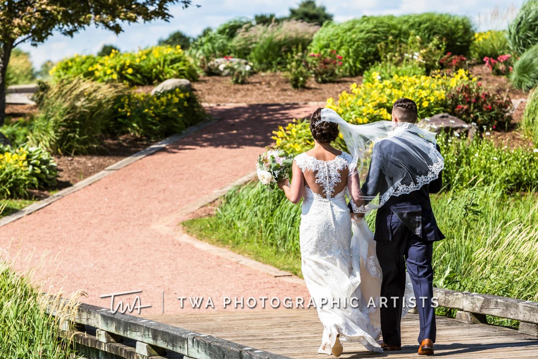 Chicago-Wedding-Photographer-TWA-Photographic-Artists-Bolingbrook-Golf-Club_Ruggio_B_JG_ME-0979