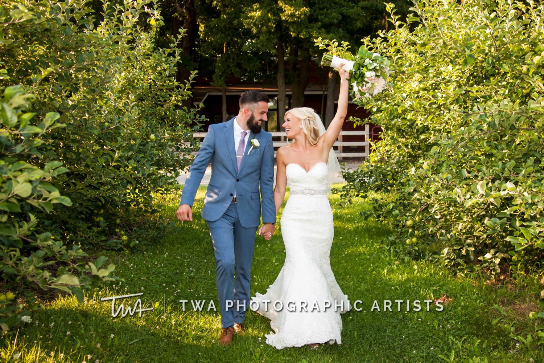 Chicago-Wedding-Photographer-TWA-Photographic-Artists-County-Line-Orchard_Cerf_Delay_JA_SG-0677