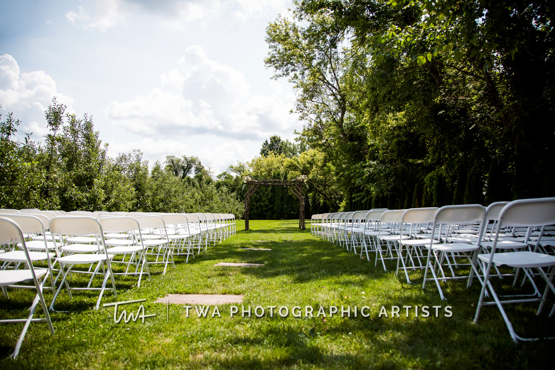 Chicago-Wedding-Photographer-TWA-Photographic-Artists-County-Line-Orchard_Fahey_Rewa_DB_JR-0101