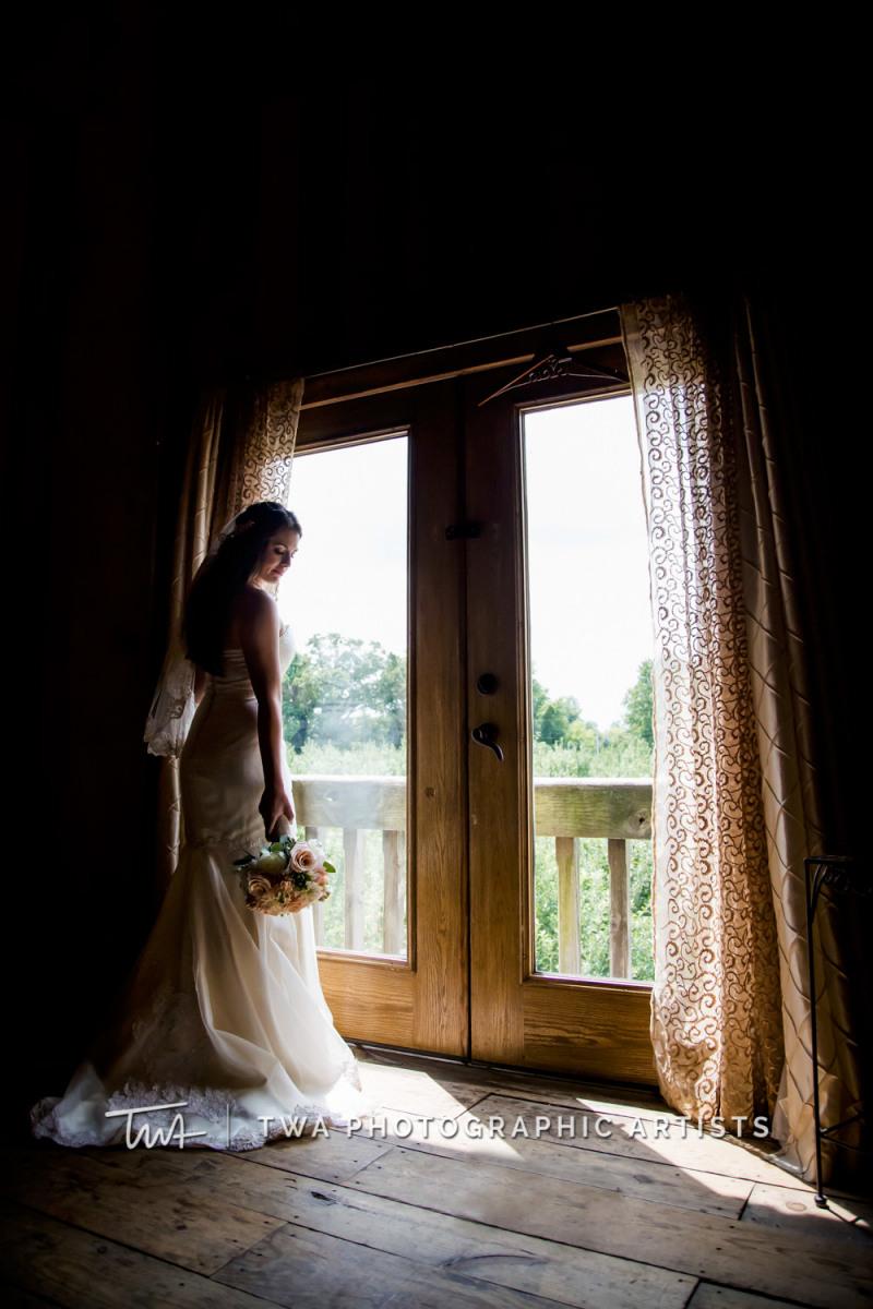 Chicago-Wedding-Photographer-TWA-Photographic-Artists-County-Line-Orchard_Fahey_Rewa_DB_JR-0173-Edit