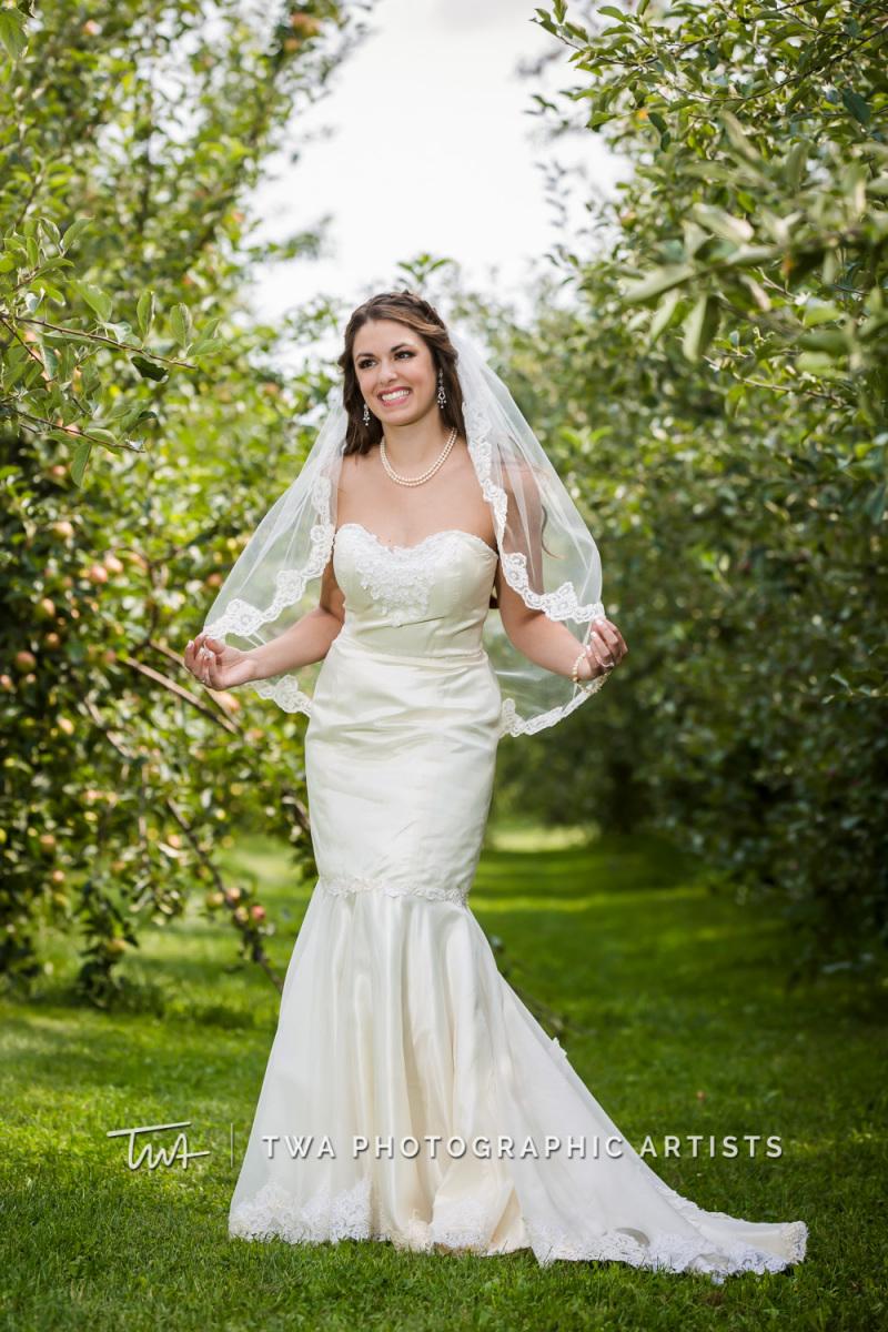 Chicago-Wedding-Photographer-TWA-Photographic-Artists-County-Line-Orchard_Fahey_Rewa_DB_JR-0427