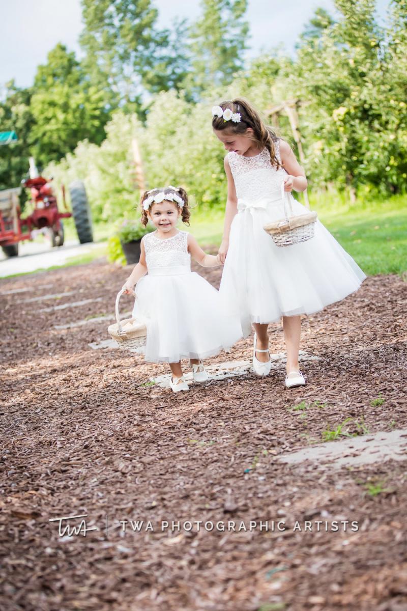 Chicago-Wedding-Photographer-TWA-Photographic-Artists-County-Line-Orchard_Fahey_Rewa_DB_JR-0541