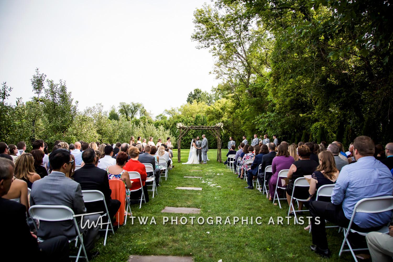 Chicago-Wedding-Photographer-TWA-Photographic-Artists-County-Line-Orchard_Fahey_Rewa_DB_JR-0574
