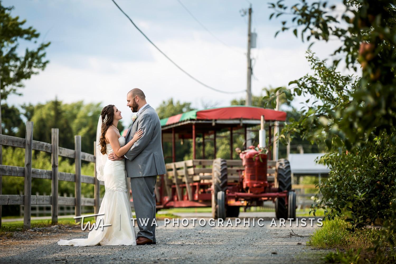 Chicago-Wedding-Photographer-TWA-Photographic-Artists-County-Line-Orchard_Fahey_Rewa_DB_JR-0739