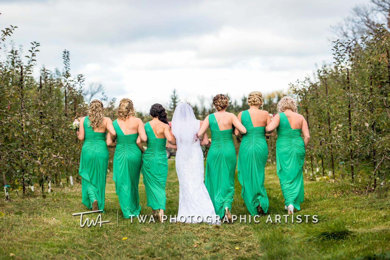 Chicago-Wedding-Photographer-TWA-Photographic-Artists-County-Line-Orchard_Murphy_Vivra_AA_DH-0146
