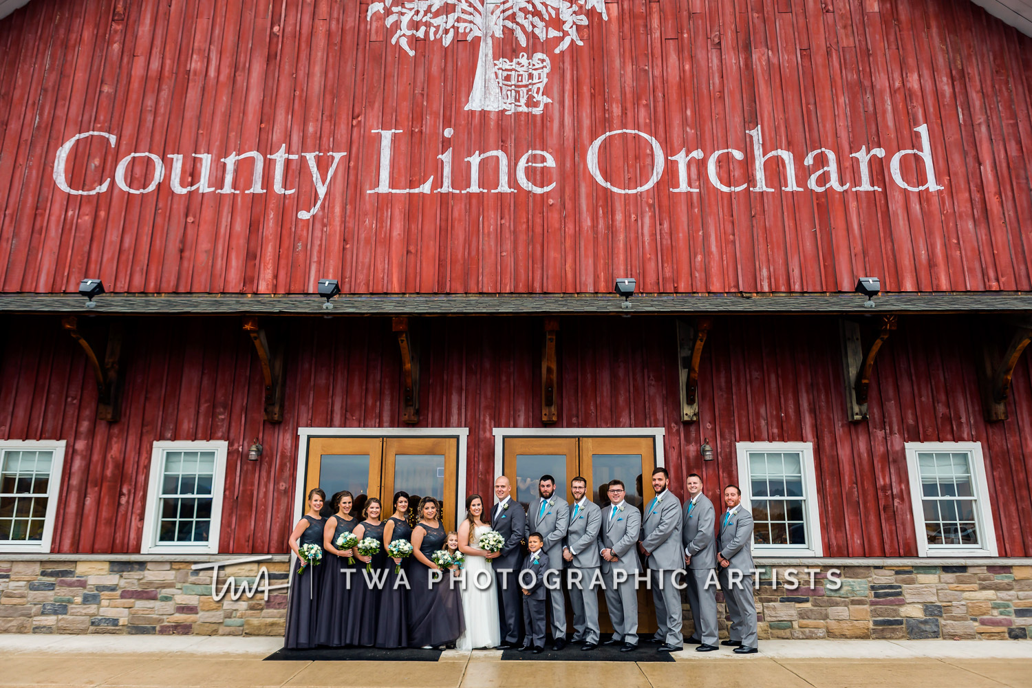 Chicago-Wedding-Photographer-TWA-Photographic-Artists-County-Line-Orchard_Bomba_Purcell_MiC_DR-0168