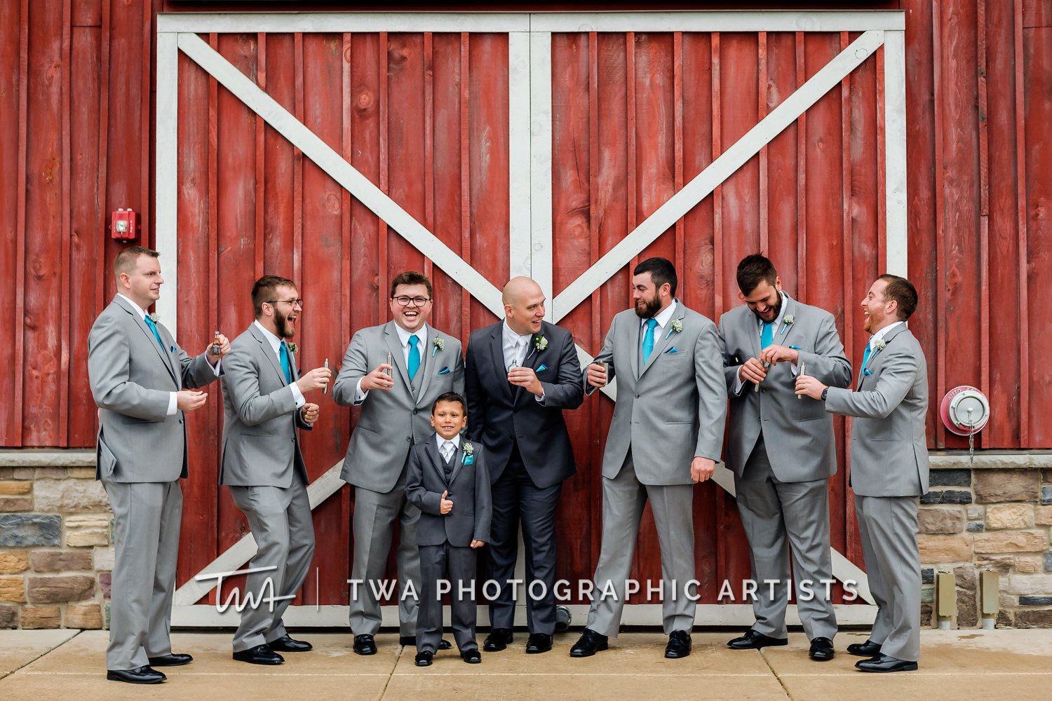 Chicago-Wedding-Photographer-TWA-Photographic-Artists-County-Line-Orchard_Bomba_Purcell_MiC_DR-0191