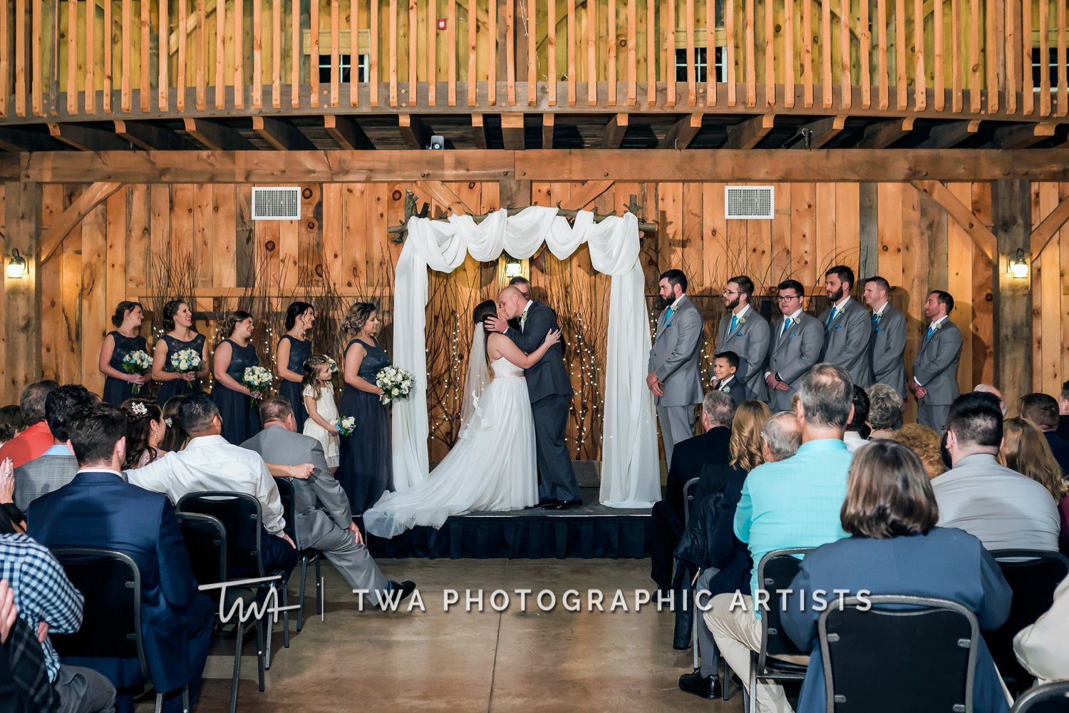 Chicago-Wedding-Photographer-TWA-Photographic-Artists-County-Line-Orchard_Bomba_Purcell_MiC_DR-0363
