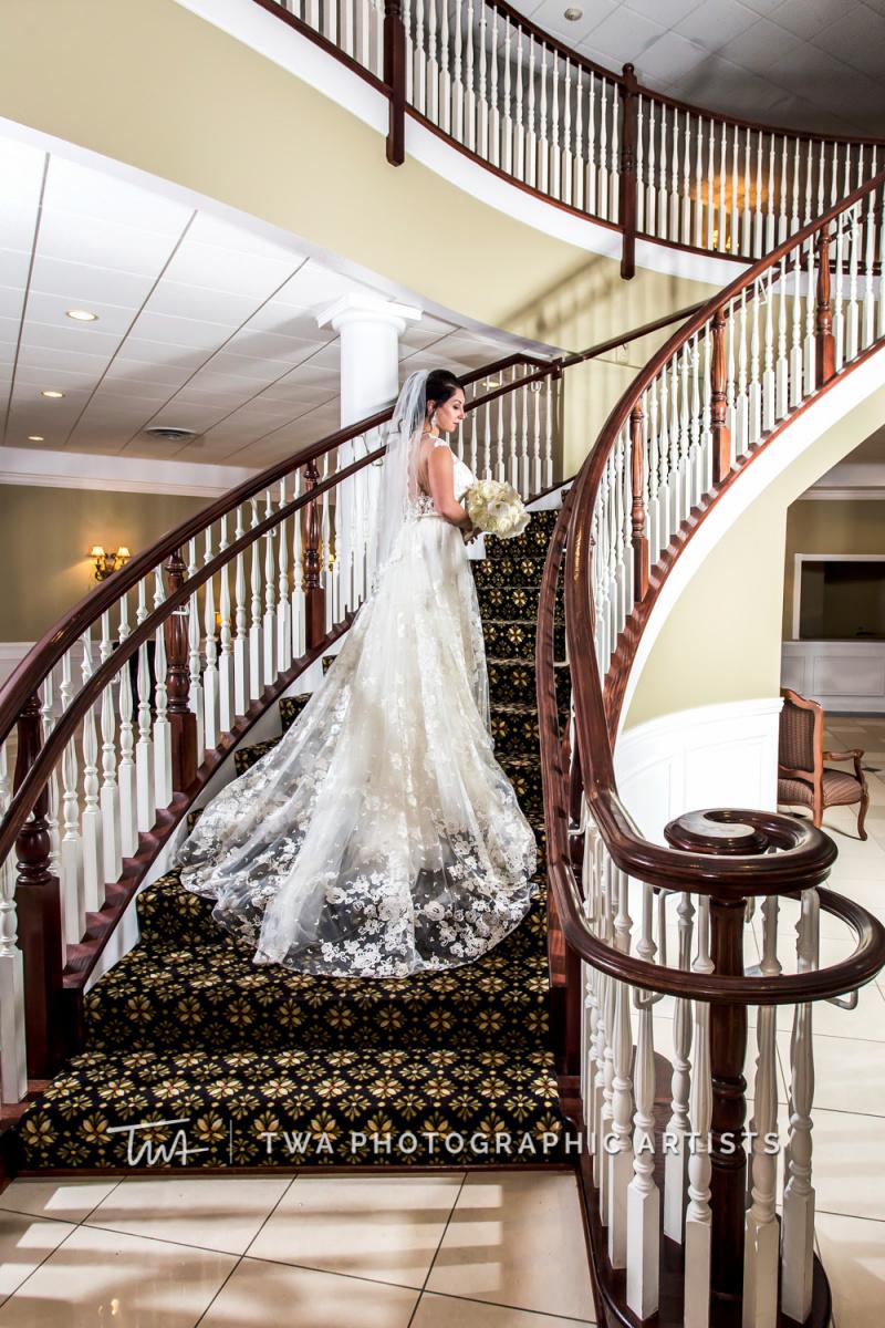 Chicago-Wedding-Photographer-TWA-Photographic-Artists-DiNolfo_s-Banquets_Middendorf_Rissman_SG_TL-0325