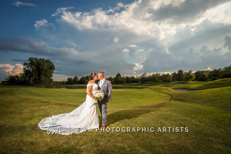 Chicago-Wedding-Photographer-TWA-Photographic-Artists-Ruffled-Feathers_Gonzalez_Ibarra_MiC_TL-0434