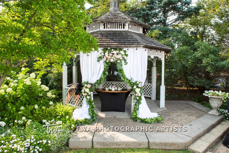 Chicago-Wedding-Photographer-TWA-Photographic-Artists-Ruffled-Feathers_Vaitkute_Eenigenburg_JP_DO-0248