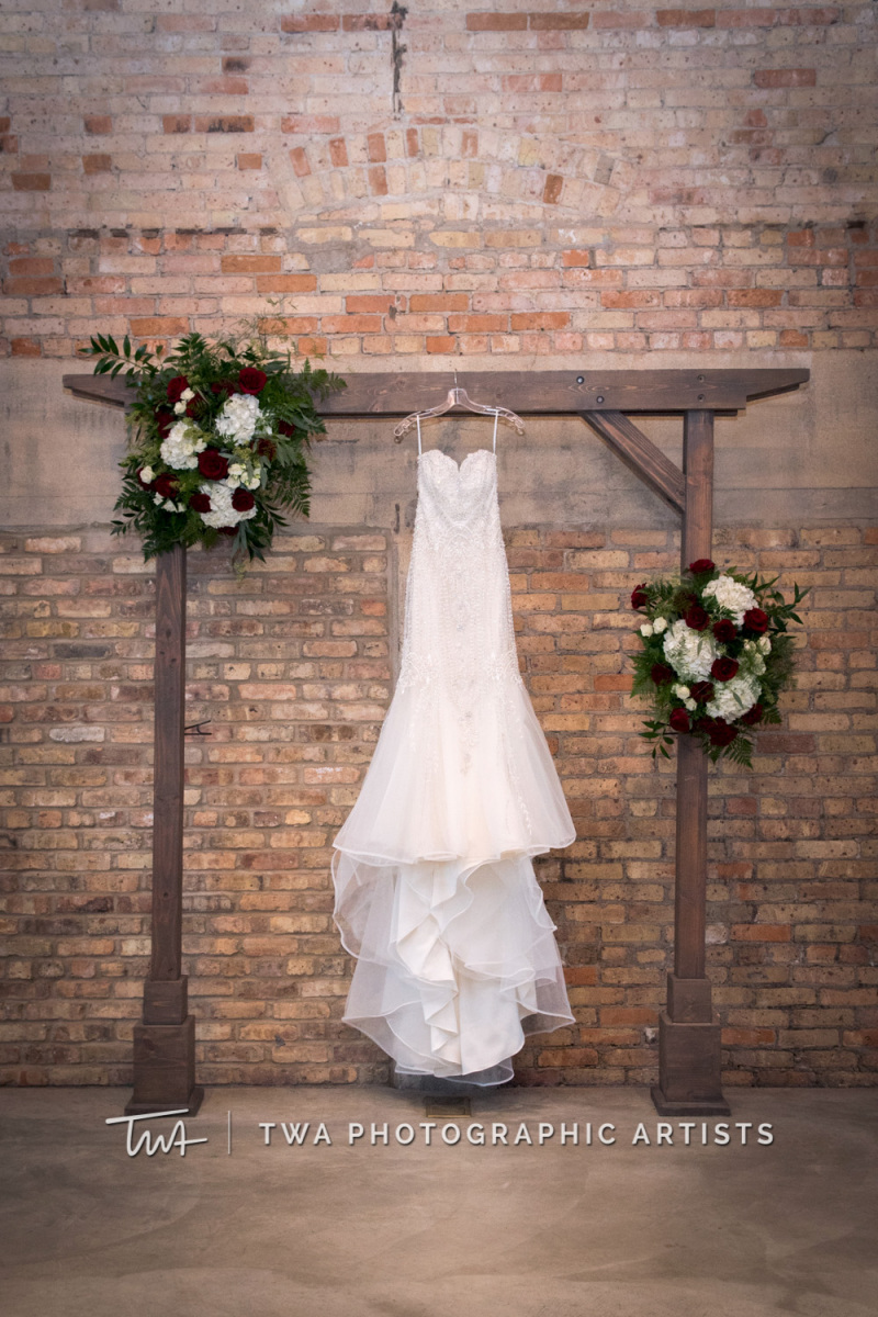Chicago-Wedding-Photographer-TWA-Photographic-Artists-Brix-on-the-Fox_Johnson_Carrion_NO_DR-0052