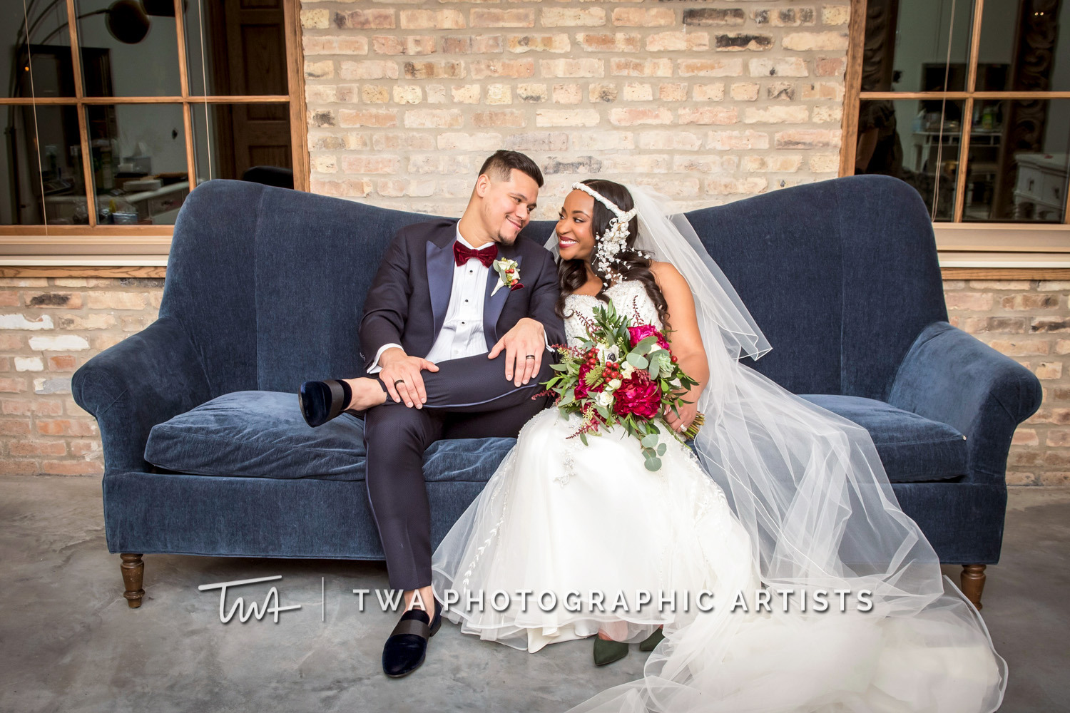 Chicago-Wedding-Photographer-TWA-Photographic-Artists-Brix-on-the-Fox_Johnson_Carrion_NO_DR-0523