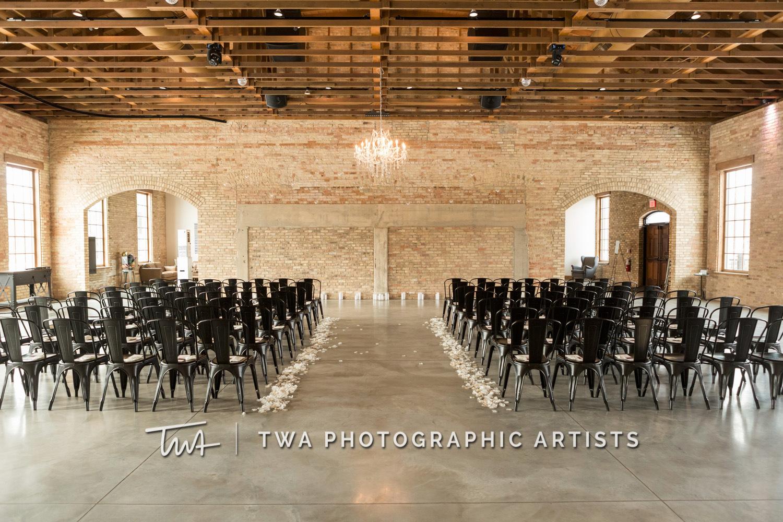 Chicago-Wedding-Photographer-TWA-Photographic-Artists-Brix-on-the-Fox_Strickler_Bruno_HM_DO-0097