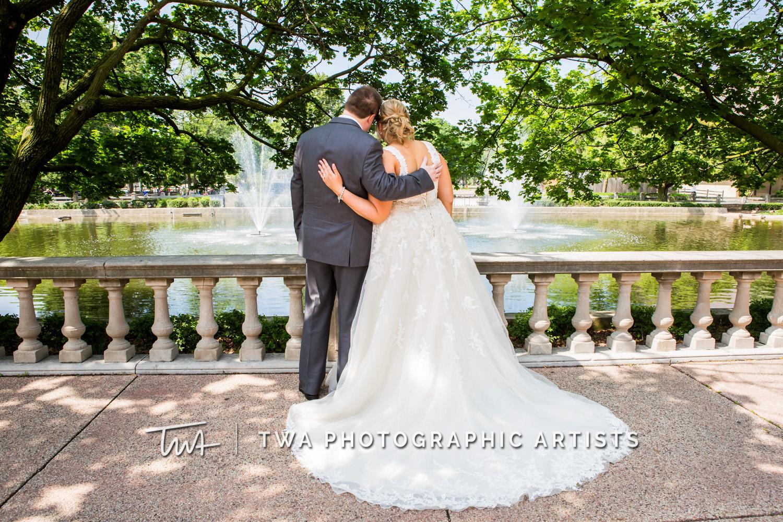 Chicago-Wedding-Photographer-TWA-Photographic-Artists-Brookfield-Zoo_Horak_DeLance_MP_TL-0312