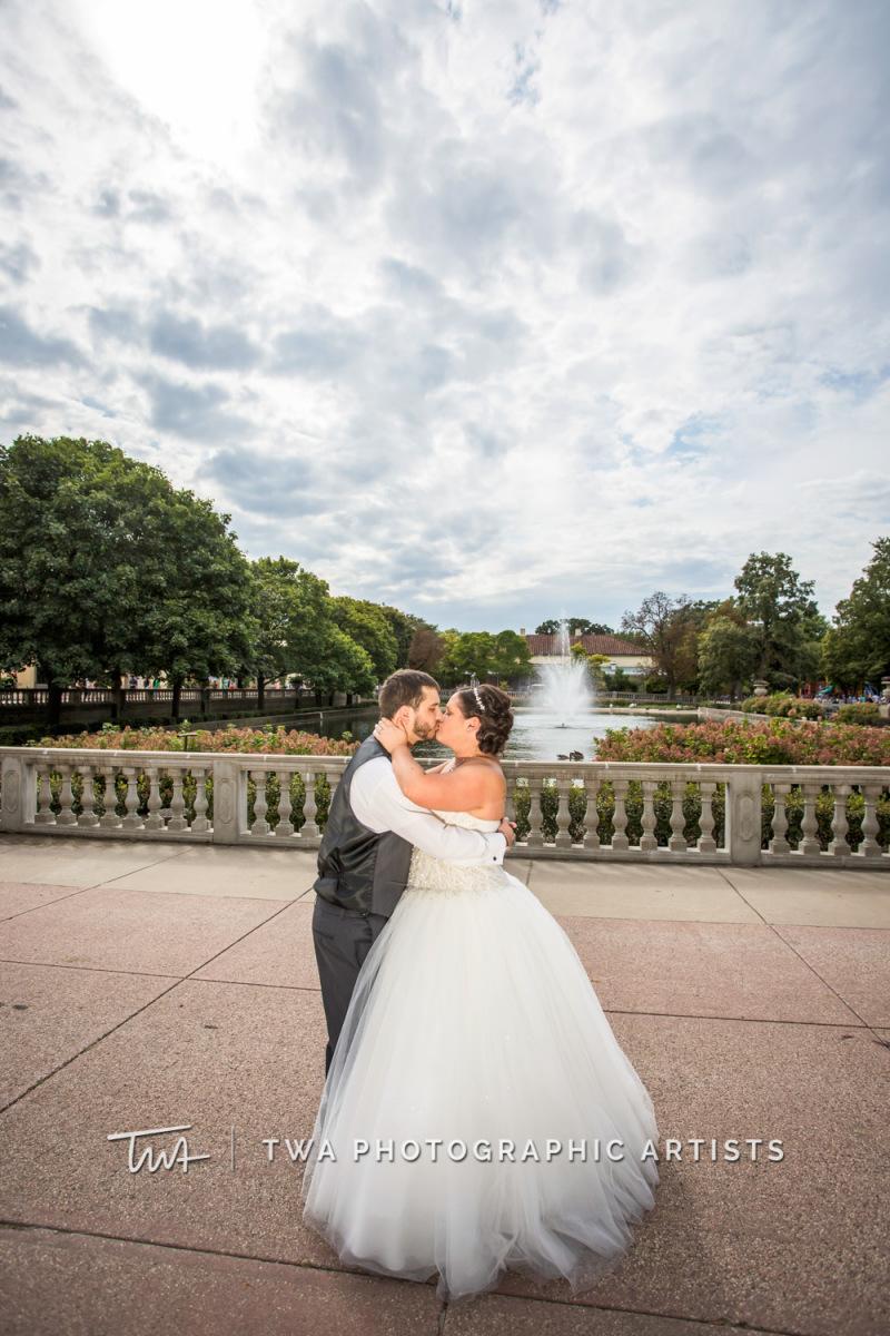 Chicago-Wedding-Photographer-TWA-Photographic-Artists-Brookfield-Zoo_Jensen_Deutsch_WM_DK-0409
