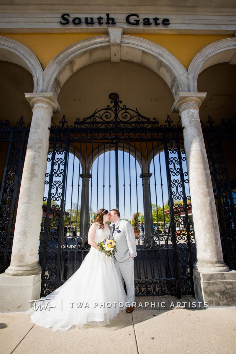 Chicago-Wedding-Photographer-TWA-Photographic-Artists-Brookfield-Zoo_Kihn_Beard_WM_NS-0625