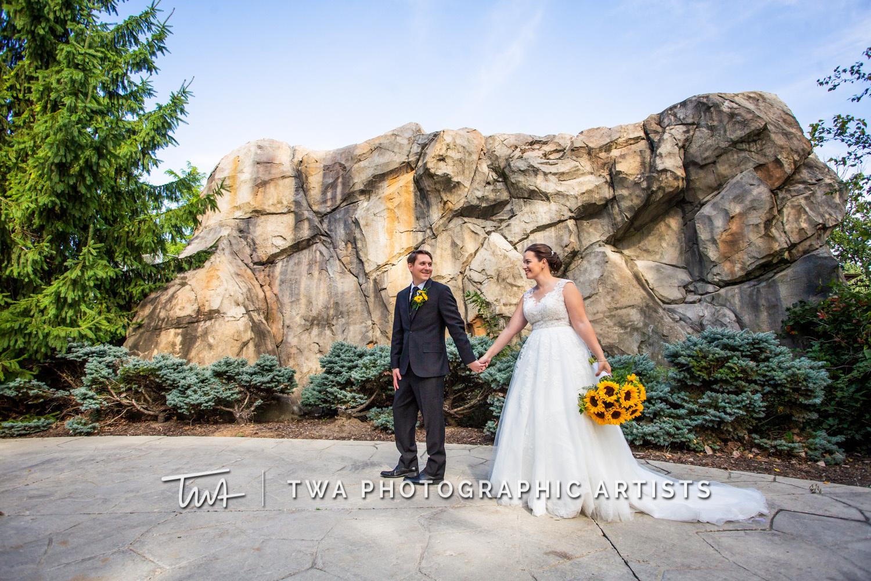 Chicago-Wedding-Photographer-TWA-Photographic-Artists-Brookfield-Zoo_Wilczynski_Molley_JM-0184