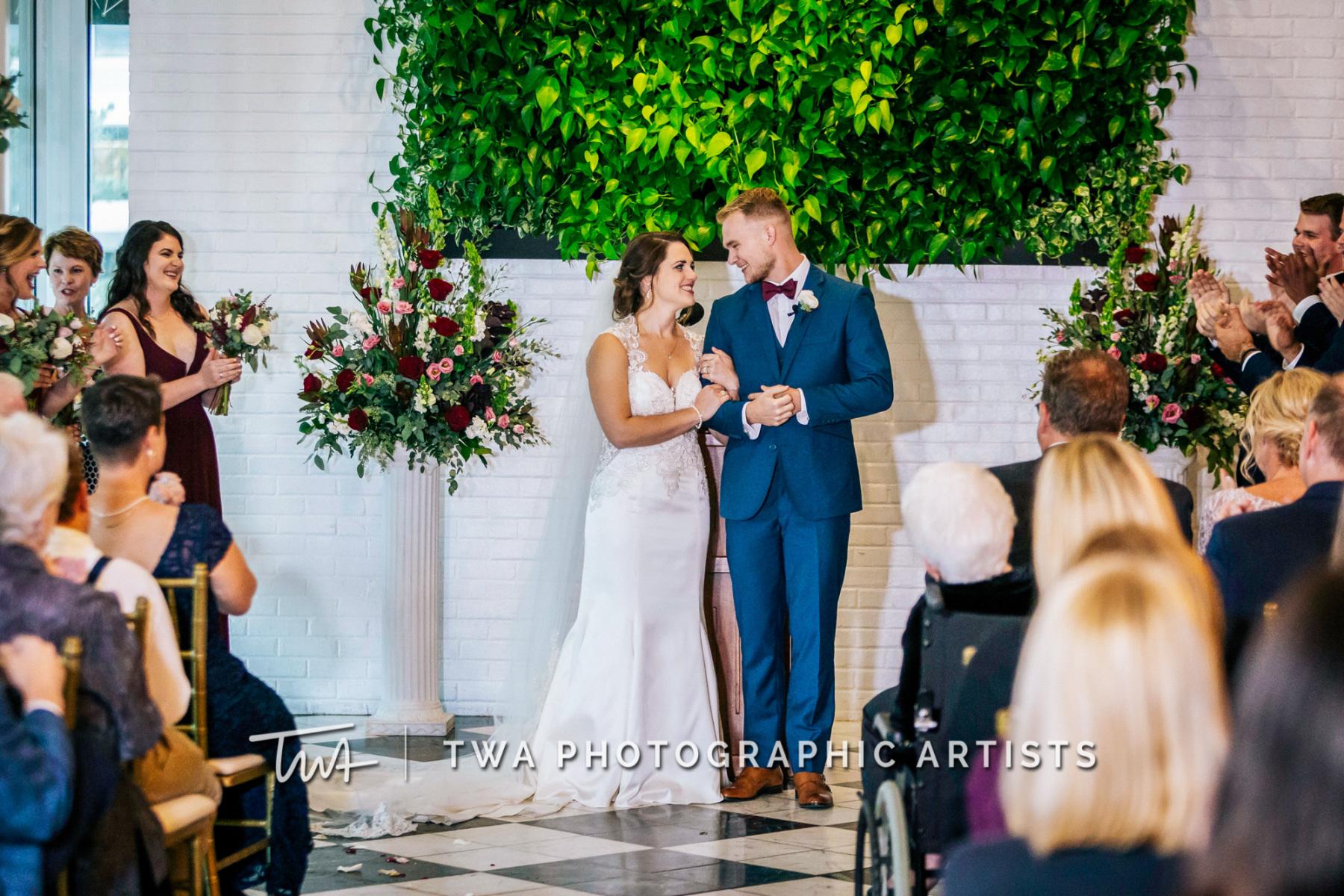 Chicago-Wedding-Photographer-TWA-Photographic-Artists-046_064-1153