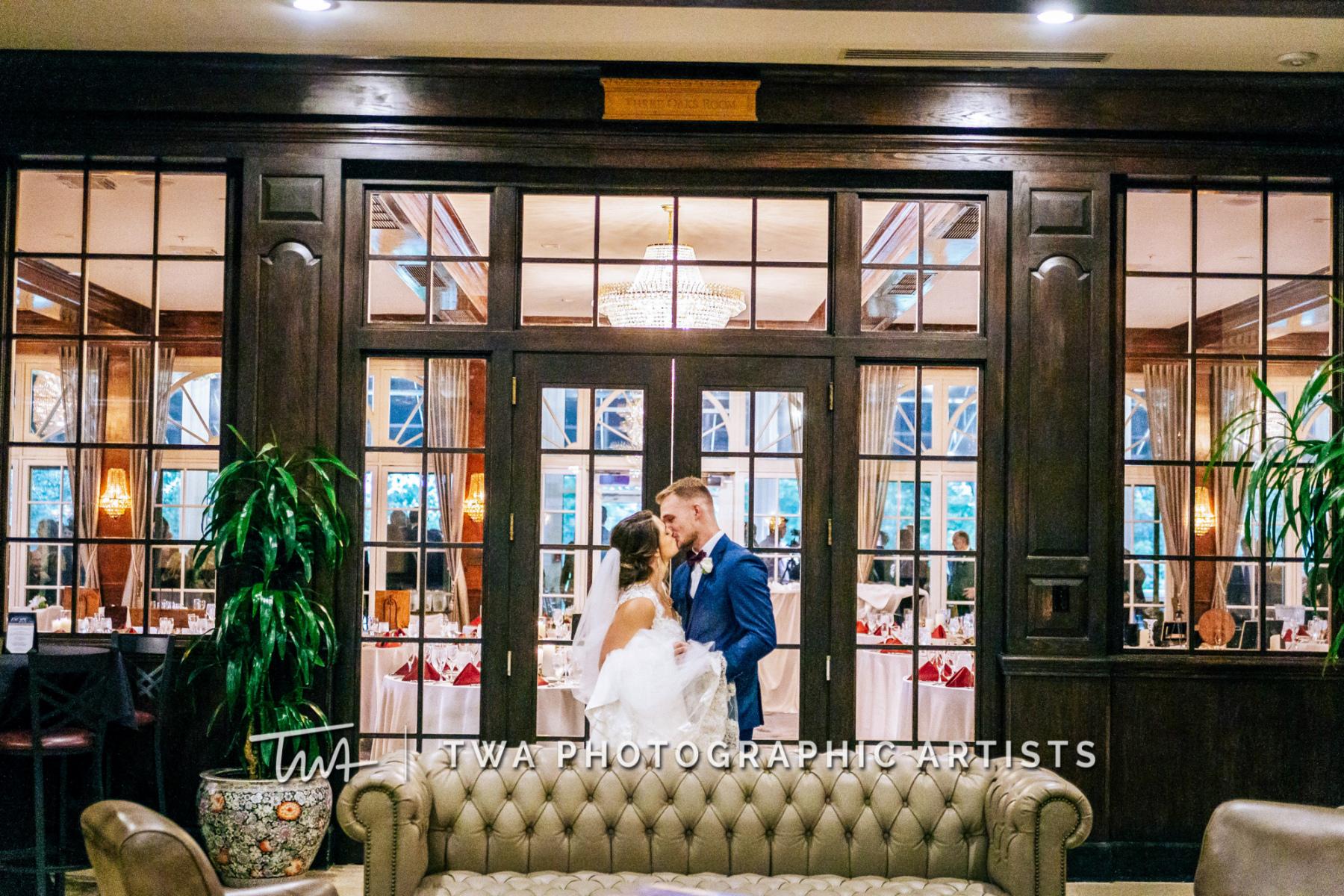 Chicago-Wedding-Photographer-TWA-Photographic-Artists-048_066-1158