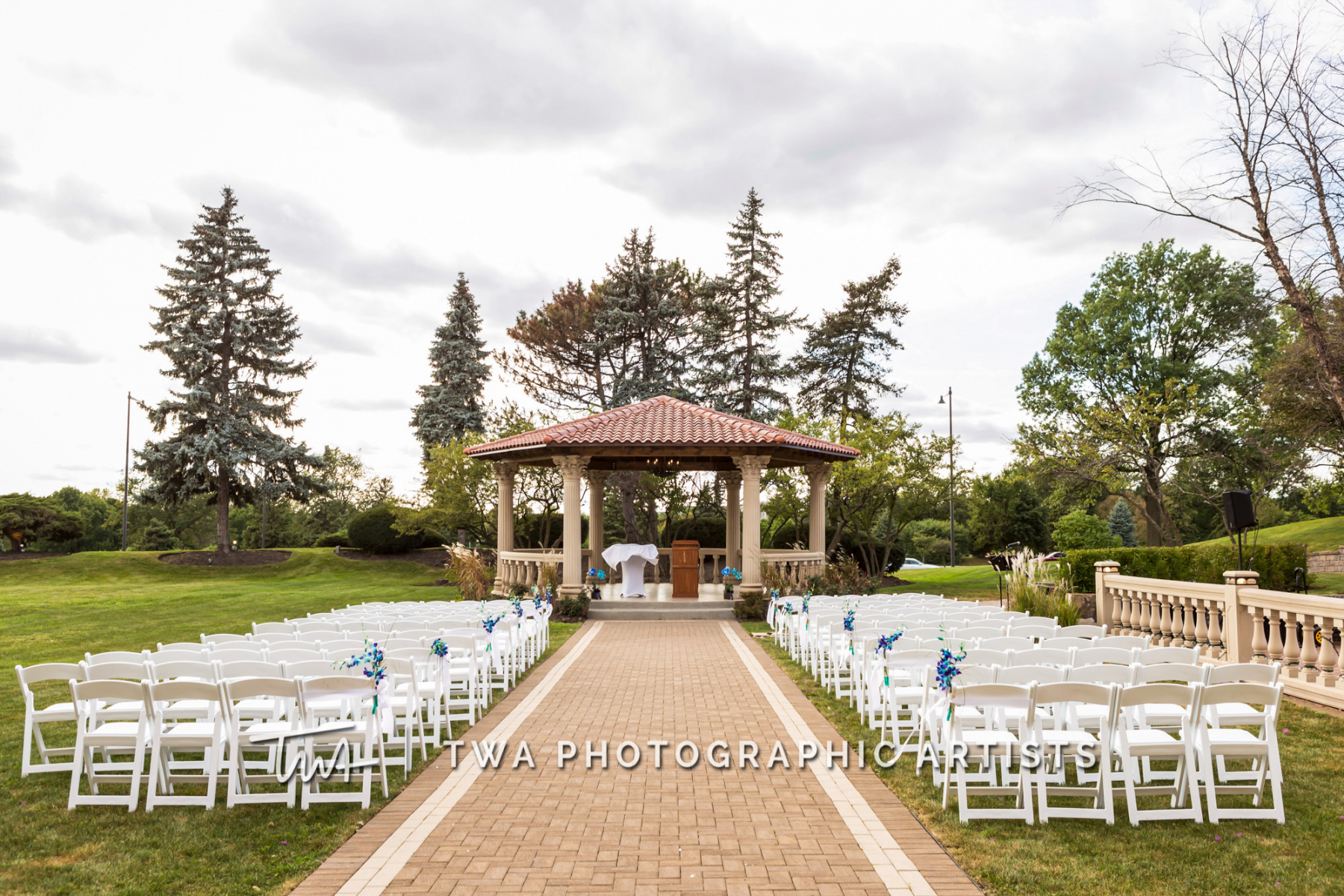Chicago-Wedding-Photographer-TWA-Photographic-Artists-Drake-Oak-Brook_Church_Panek_HM-0419