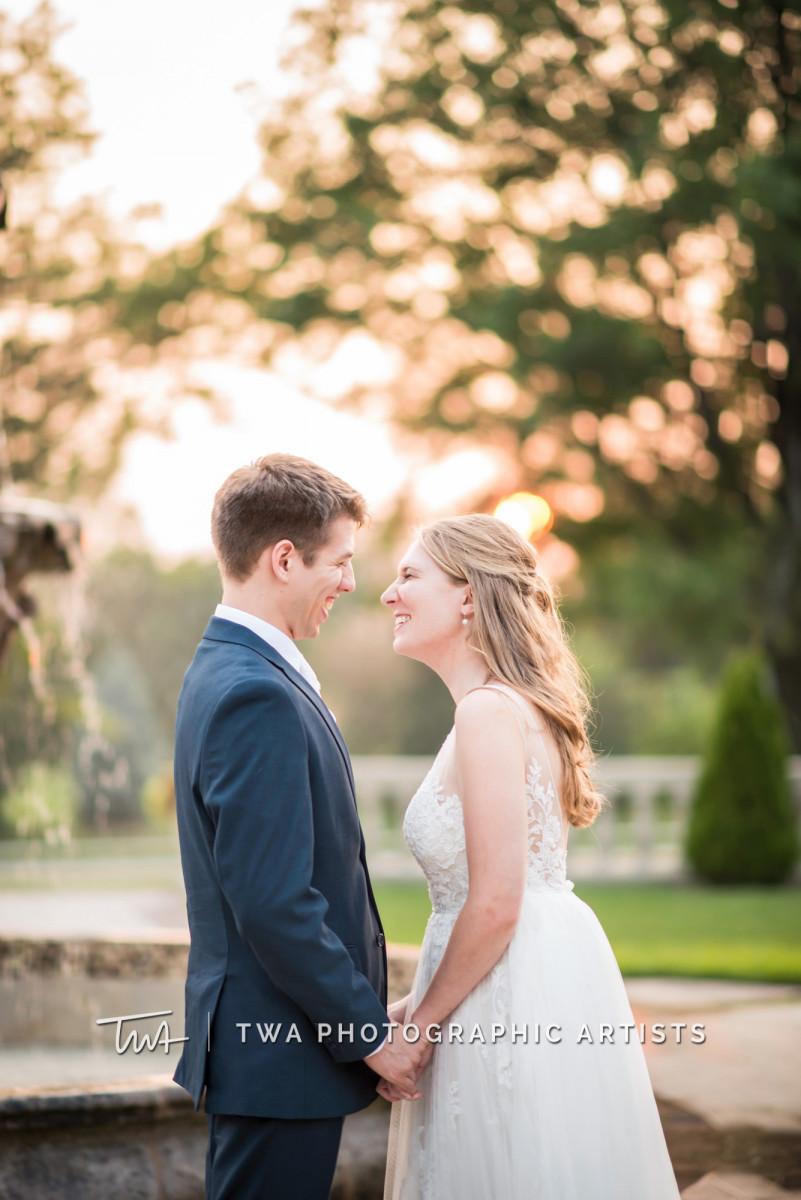 Chicago-Wedding-Photographer-TWA-Photographic-Artists-Drake-Oak-Brook_Johnson_Bartz_MZ_CL-1034