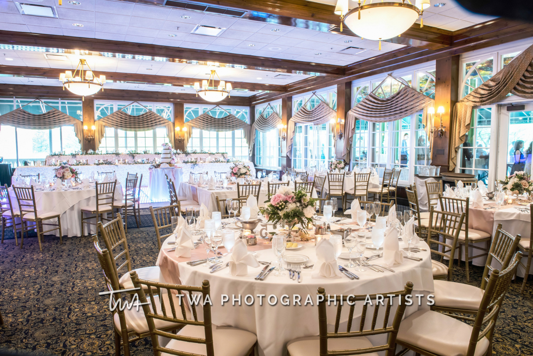 Chicago-Wedding-Photographer-TWA-Photographic-Artists-Drake-Oak-Brook_Kane_Putman_MC_JH-1527