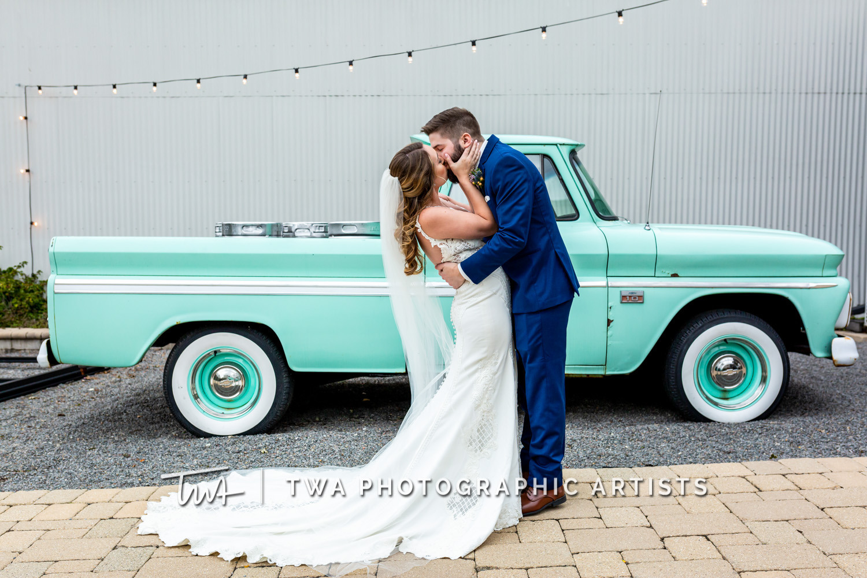 Chicago-Wedding-Photographer-TWA-Photographic-Artists-Warehouse-109_Borrego_Grewe_MJ-0143