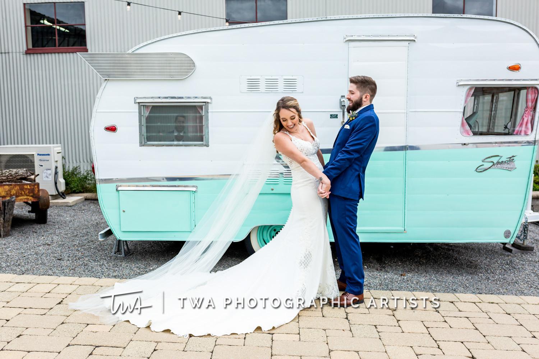 Chicago-Wedding-Photographer-TWA-Photographic-Artists-Warehouse-109_Borrego_Grewe_MJ-0158