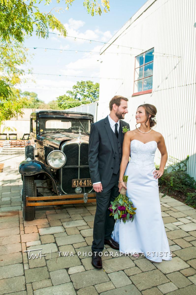 Chicago-Wedding-Photographer-TWA-Photographic-Artists-Warehouse-109_Boyd_Sernft_DH-0279