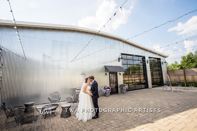 Chicago-Wedding-Photographer-TWA-Photographic-Artists-Warehouse-109_Fadden_Petrick_WM-0817