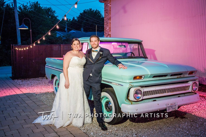 Chicago-Wedding-Photographer-TWA-Photographic-Artists-Warehouse-109_Fadden_Petrick_WM-1138