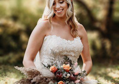 Amanda Farrey Rockford IL Weddings