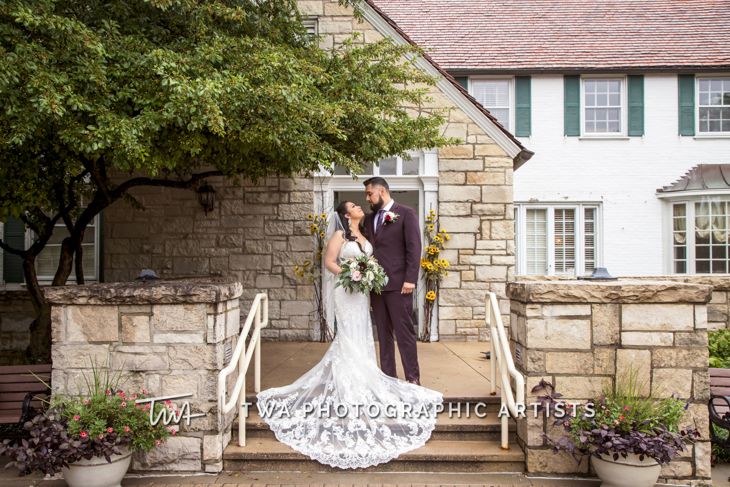 Chicago Wedding Photographers | Sarai & Jason | TWA Photography Reviews
