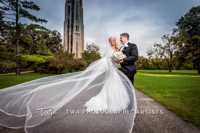 Chicago Wedding Photographers | Rachel & Joe's Elements on Water Street Wedding | TWA Photographic Artists