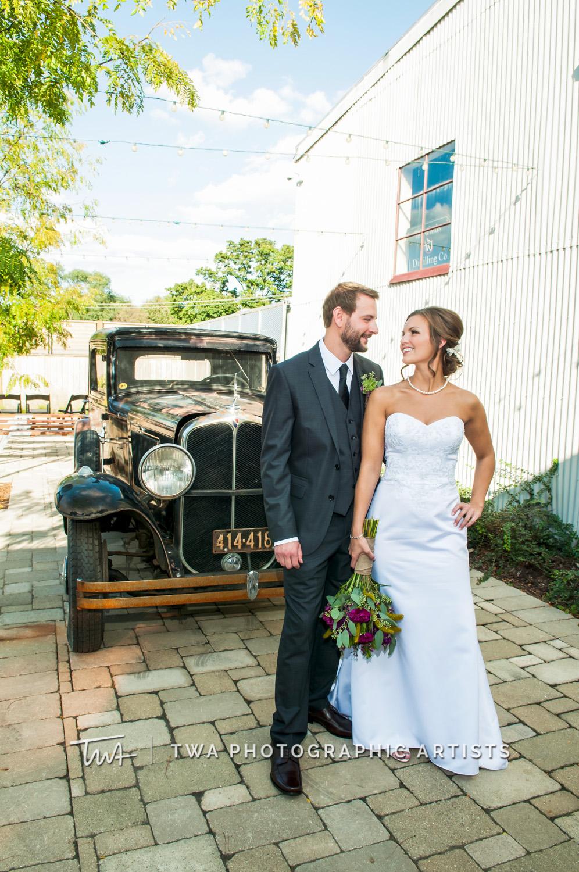 Weddings at Warehouse 109 | TWA Photographic Artists | Chicago Wedding Photographers