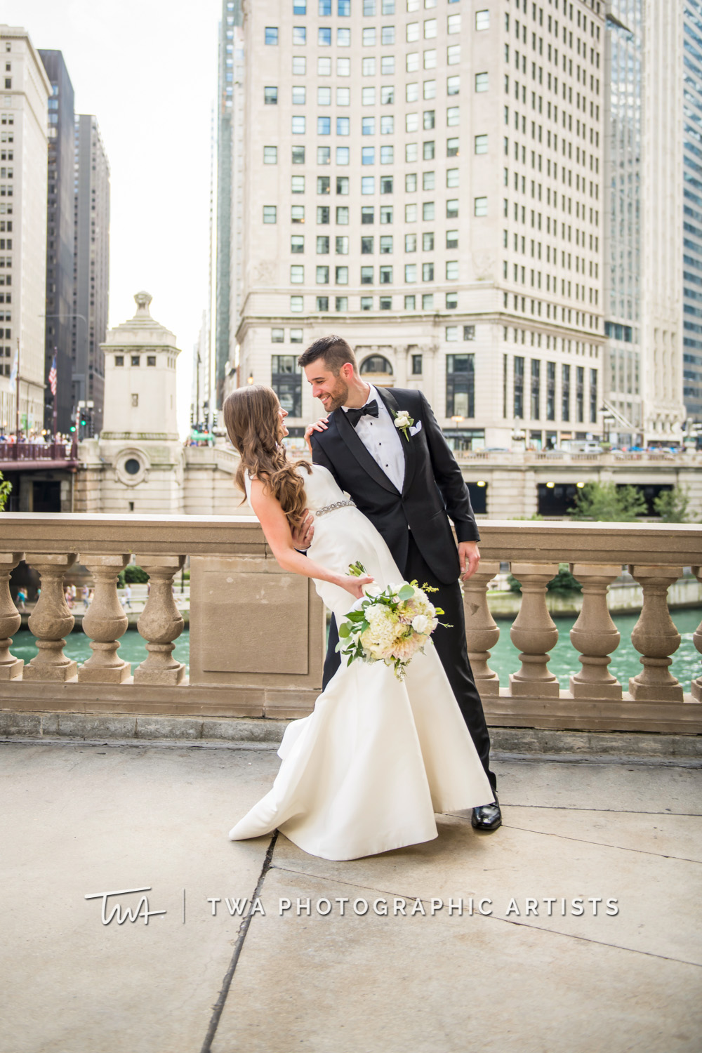 Brynn & Ryan's Chicago Yacht Wedding